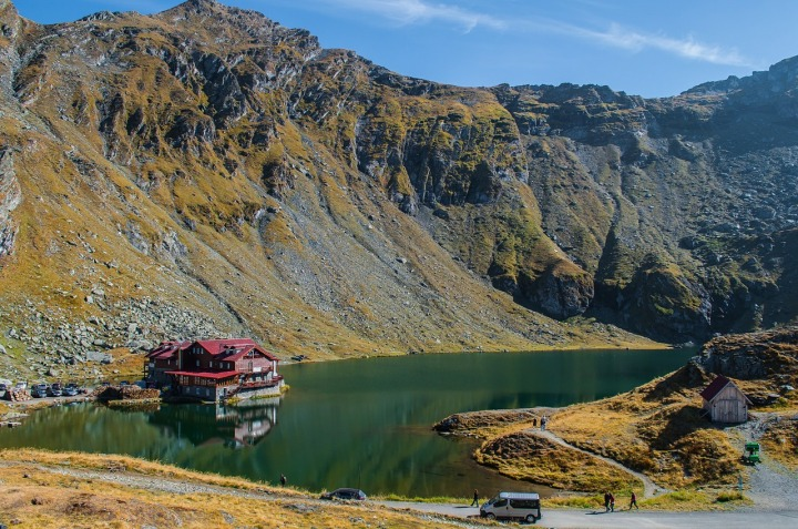 balea-lake-454250_1280