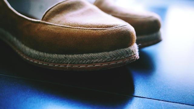 shoes-2557273_640